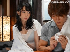 JUL-043:外卖人妻 晶艾丽 伴随着暴风雨忘情的在屋子里做爱!